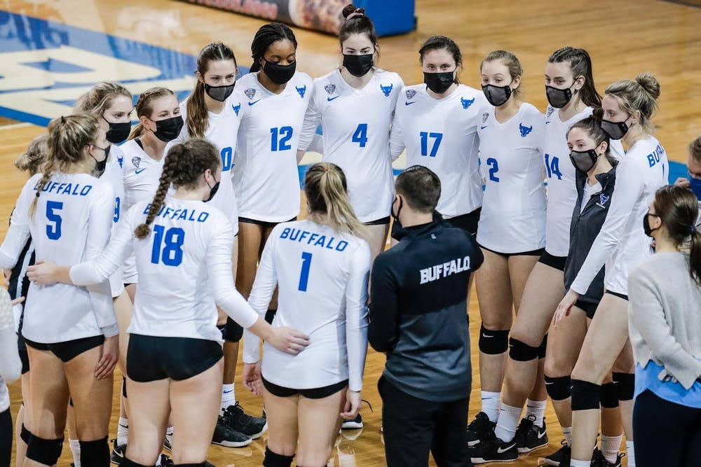 The UB women's volleyball team (3-3) traveled to Tuscaloosa, AL for the Crimson Tide Invitational this weekend where they went 2-1, defeating Southern Mississippi and Troy but falling to Alabama.