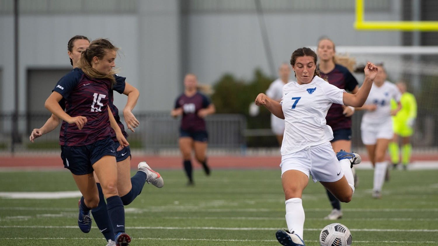 Women's soccer shut out Canisius 2-0, on Thursday night at the Demske Sports Complex, then returned home to UB Stadium Sunday afternoon where they shut out Duquesne, 4-0.