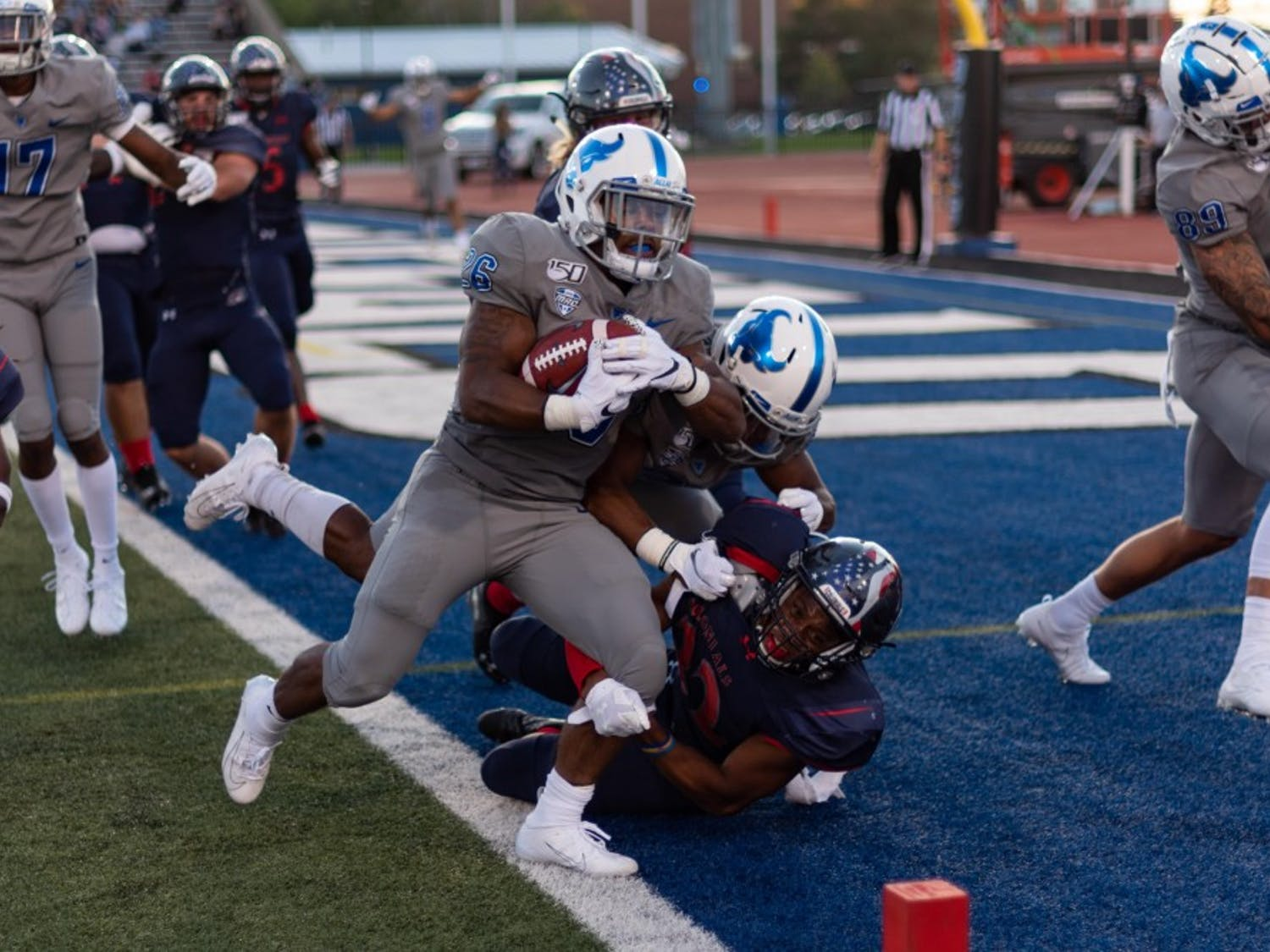 UB running back Jaret Patterson takes one to the end zone last season as the Bulls defeated Robert Morris 38-10.