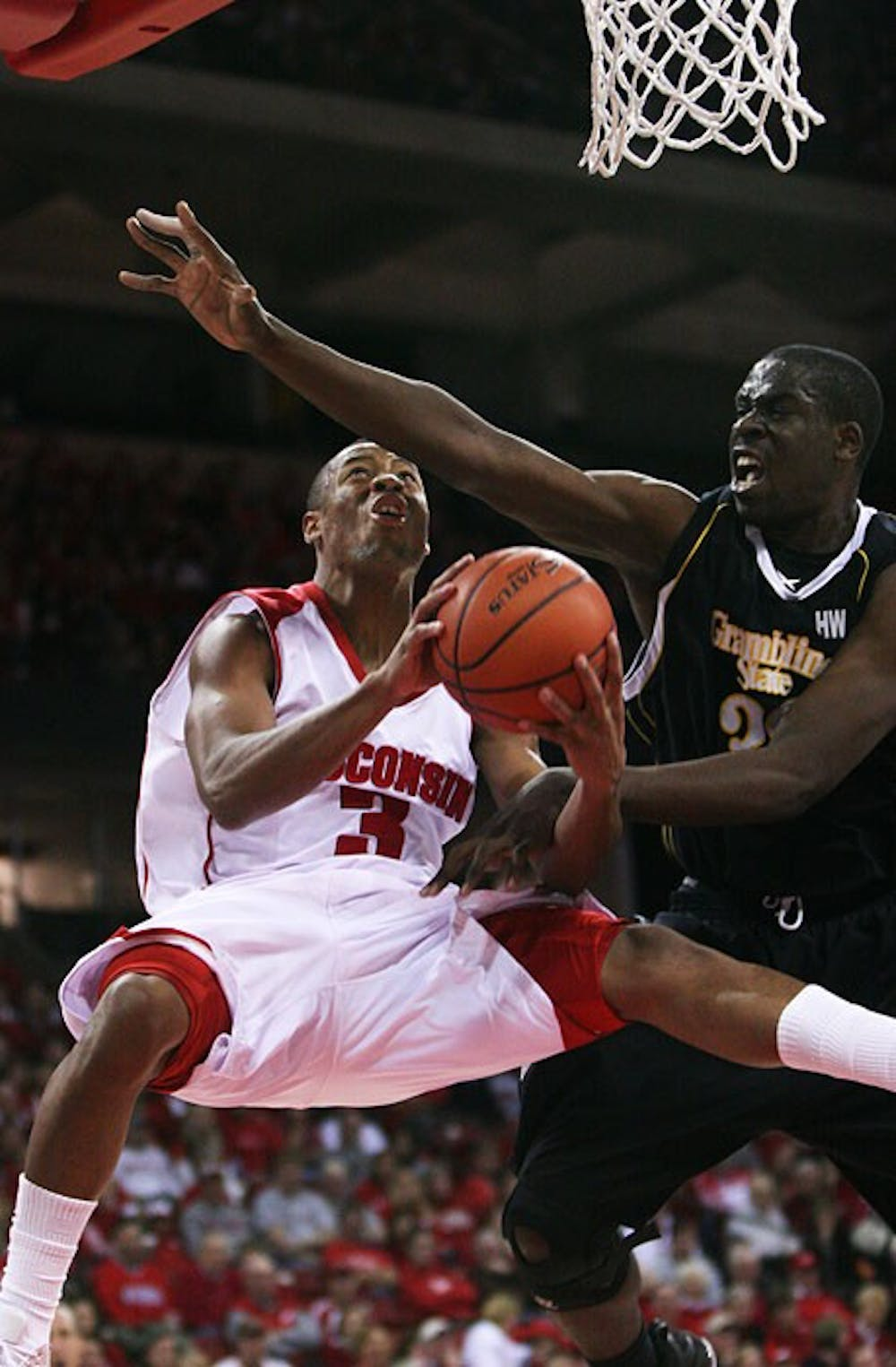 No letdown for UW with easy lopsided win over Grambling
