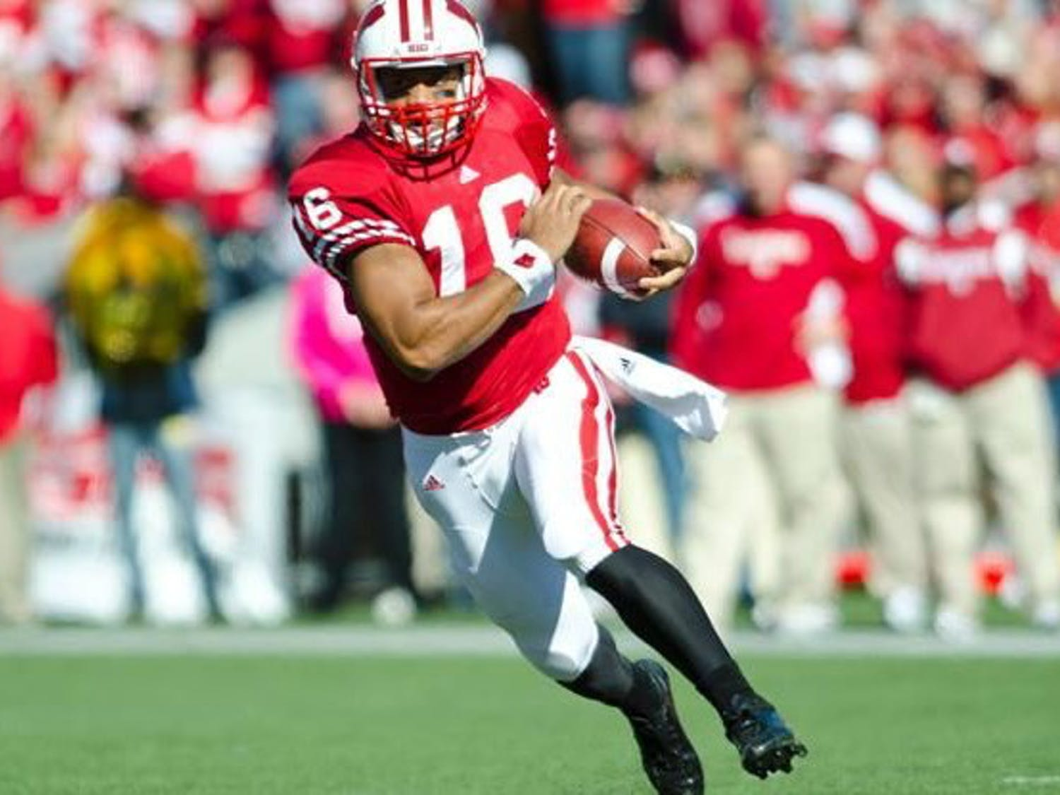 Even in the days of Russell Wilson, Wisconsin football fell apart when it mattered most.
