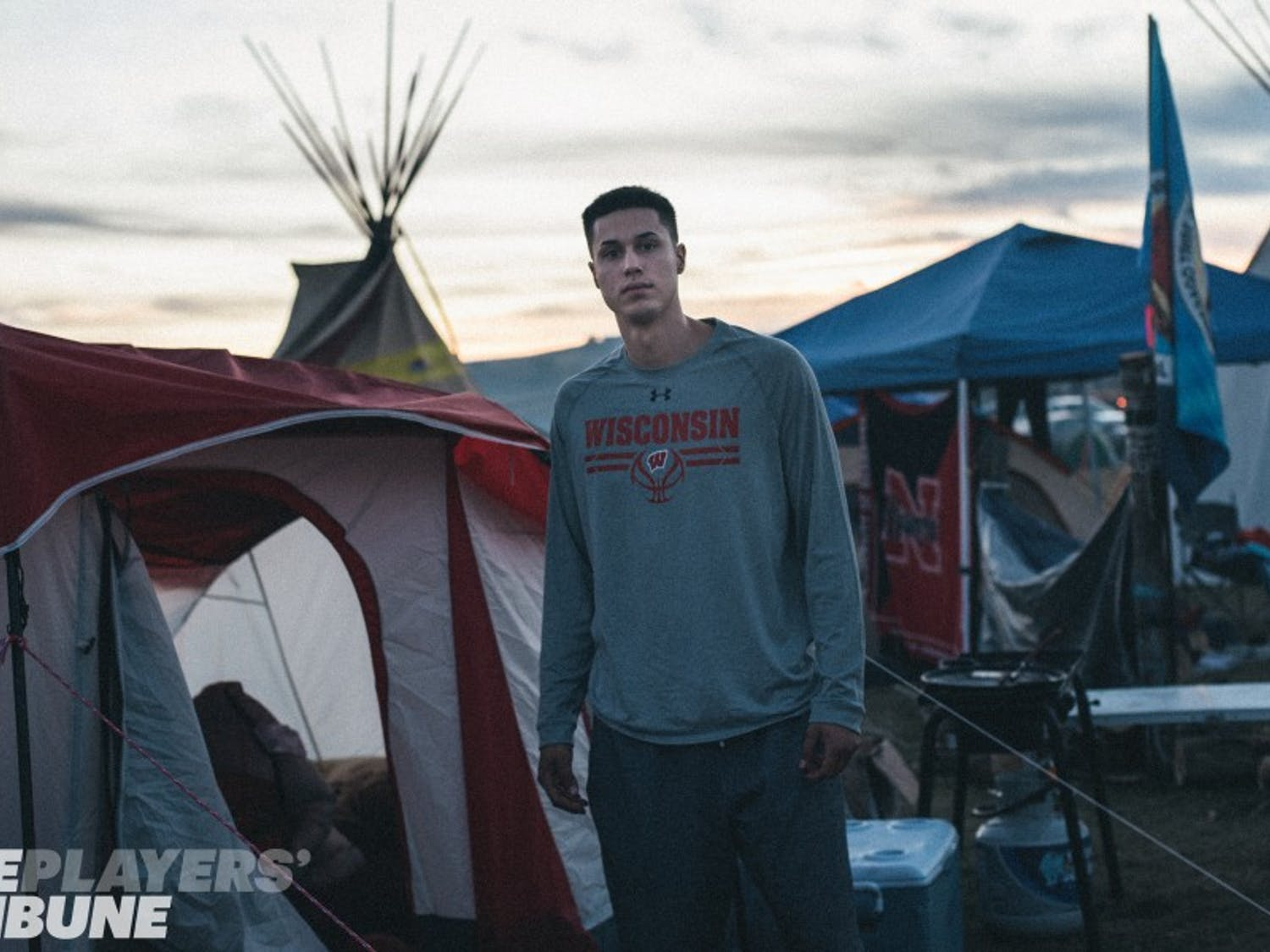 Bronson Koenig joins members of the Dakota Access Pipeline protests near the Standing Rock Indian Reservation and Bismarck, N.D. on September 17, 2016. (Photo by Alexandra Hootnick/The Players' Tribune)