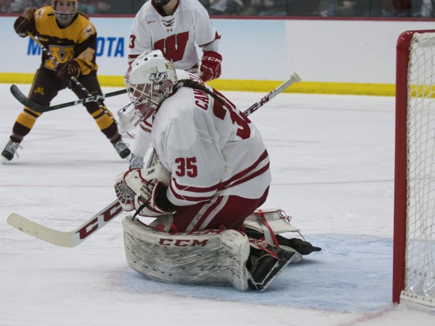 Last year Kristin Campbell surprised everyone with her performance and was named the WCHA goaltender of the year, but 2018-19 hasn't started as well for the redshirt junior.