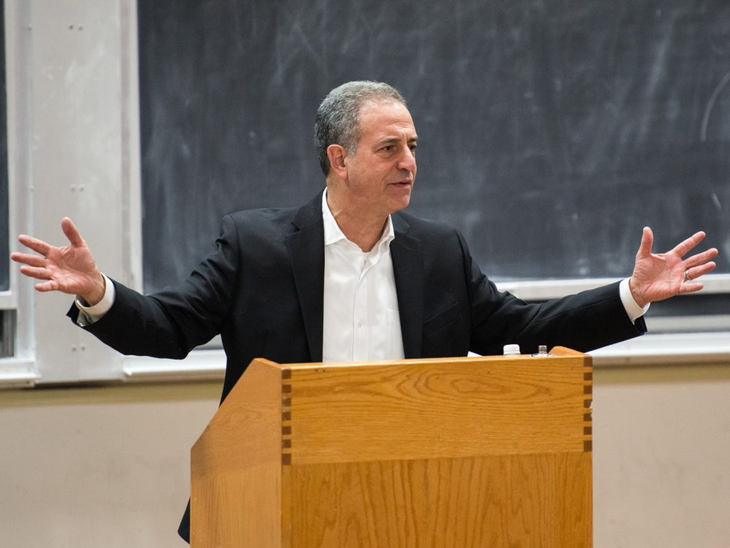 Former U.S. Sen. Russ Feingold says more must be done to combat college affordability in his speech before the UW-Madison College Democrats Monday.