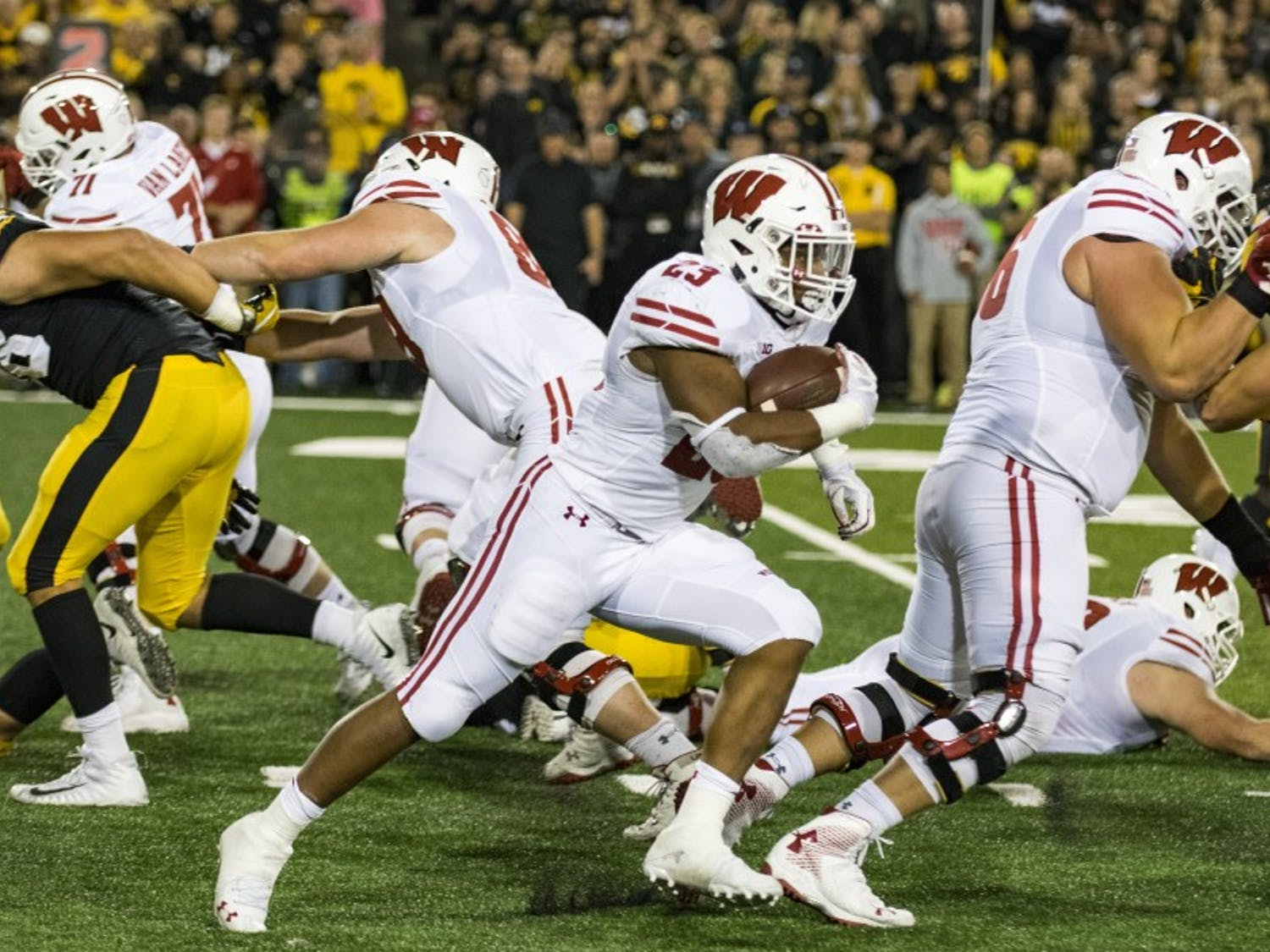Jonathan Taylor and the Wisconsin offense will be looking to bounce back from a letdown performance against Northwestern, where Taylor gained just 46 yards.