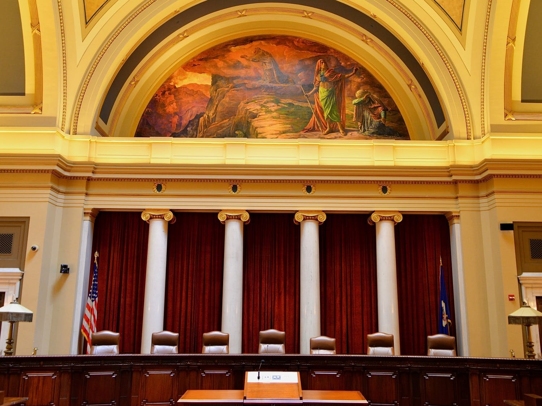 Photo of Minnesota Supreme Court.