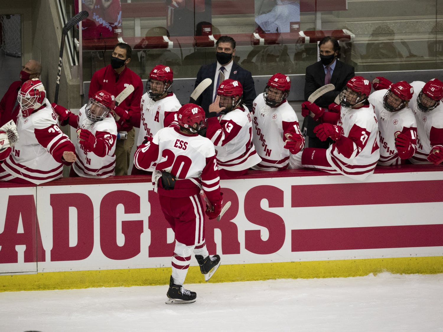 The Badgers are set to be at full strength for the first time in almost two months this weekend against top-ranked Minnesota.