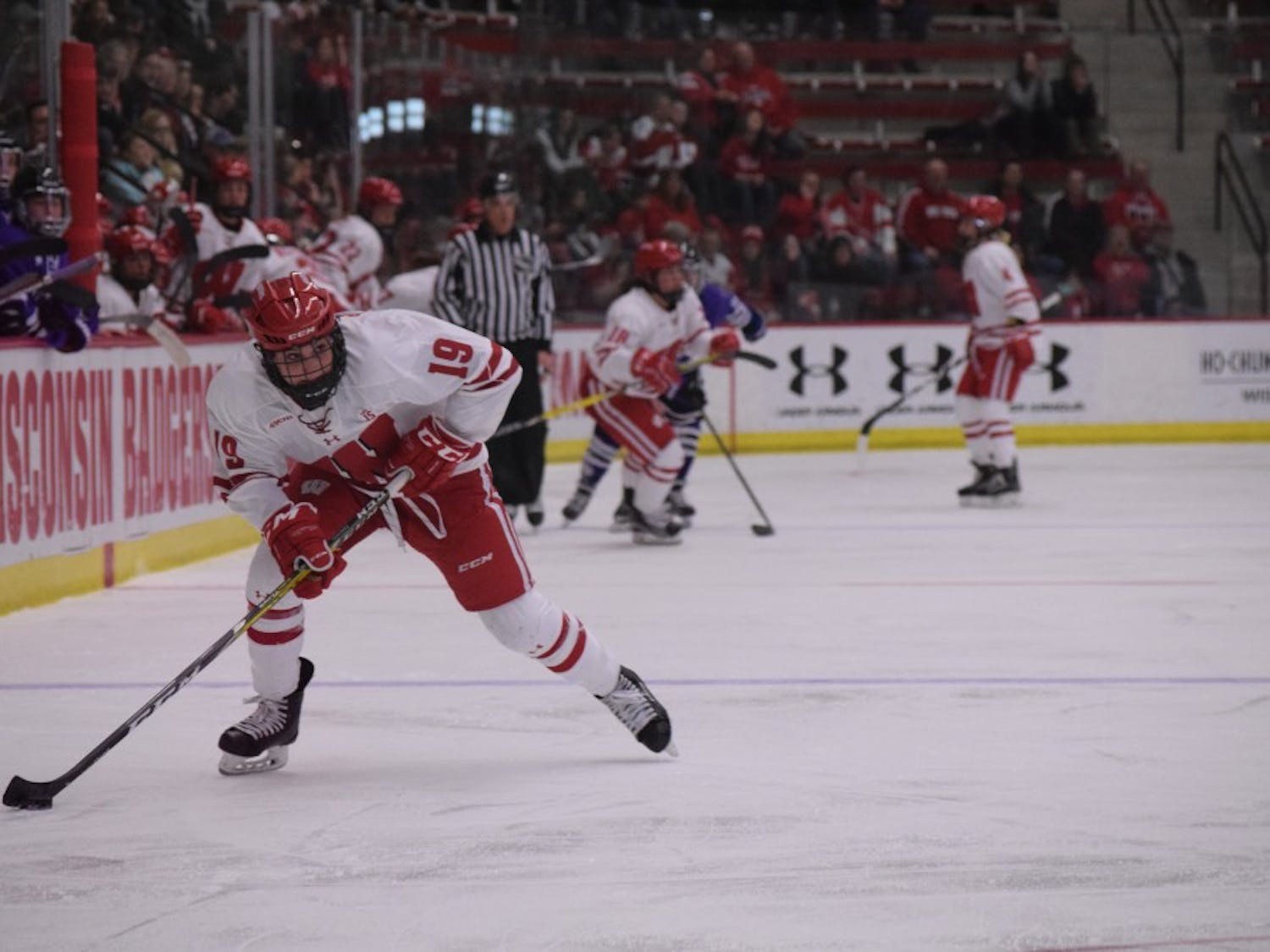 Annie Pankowski looks to lead Wisconsin to its second consecutive WCHA Final Face-Off title.