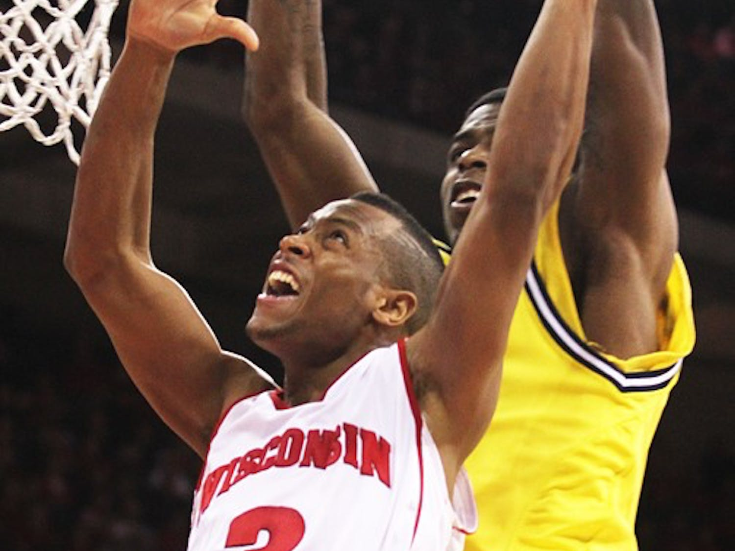 Badgers squeak past Wolverines