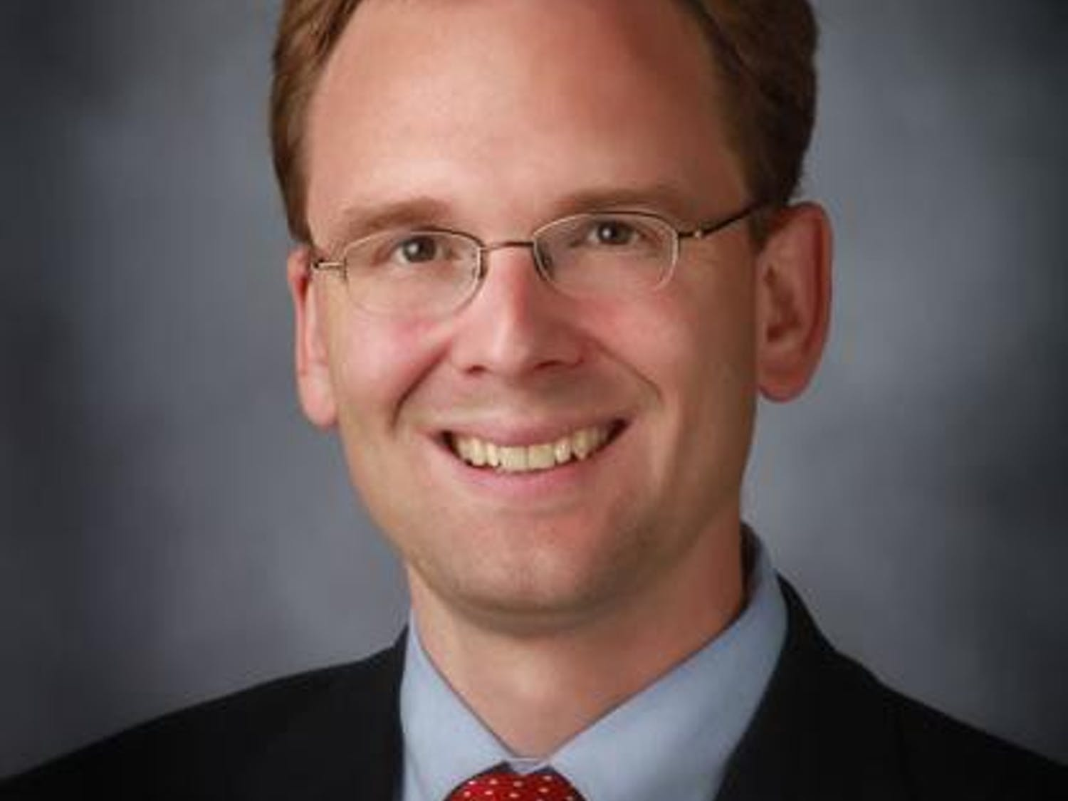 Outagamie County Executive Tom Nelson announced Thursday he will seek the House of Representatives seat being vacated by U.S. Rep. Reid Ribble, R-Wis.