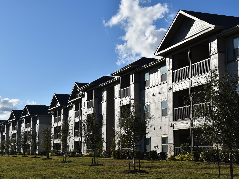 real-estate-5725266.jpg