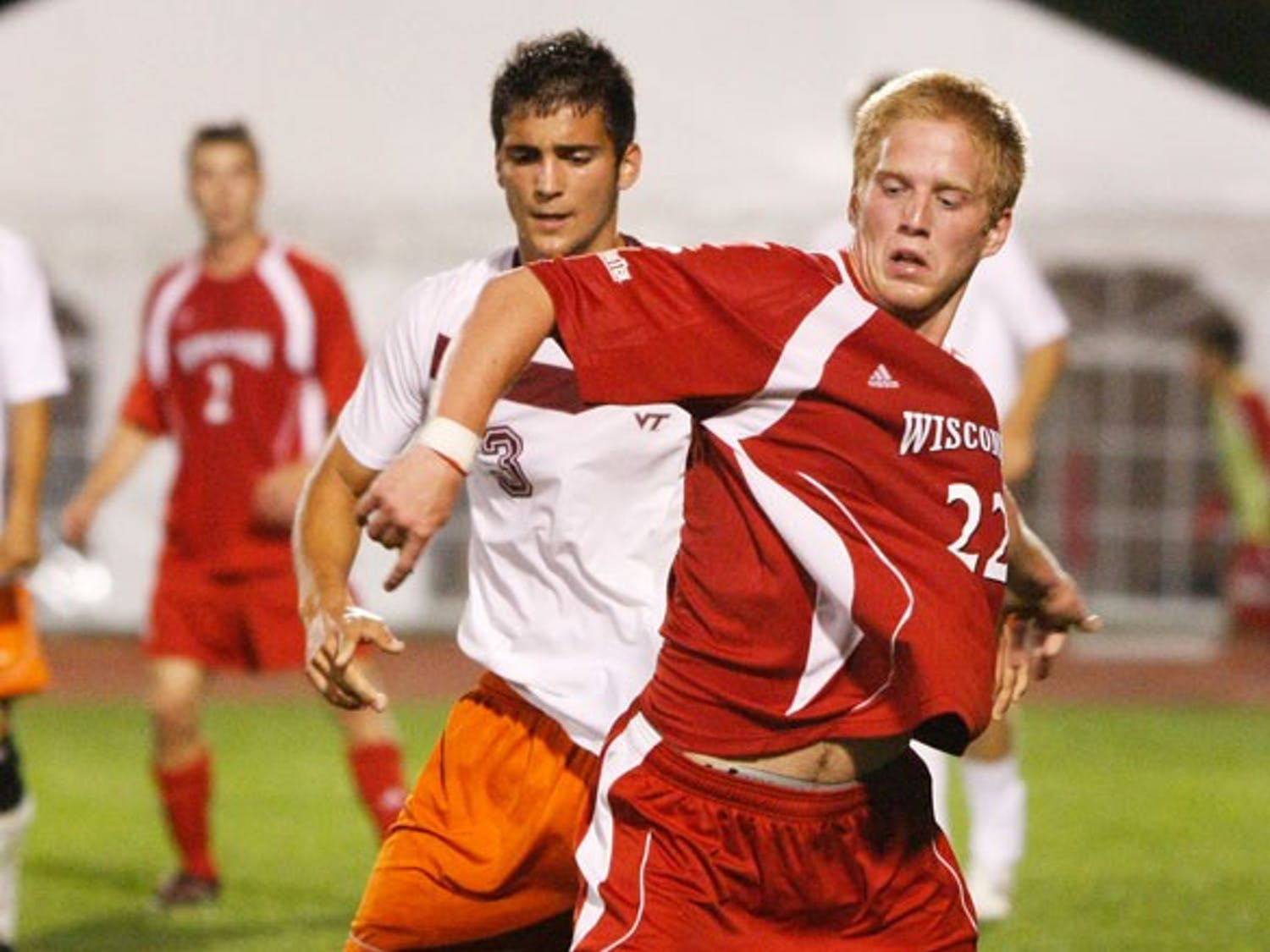 Badgers earn first win with late goal