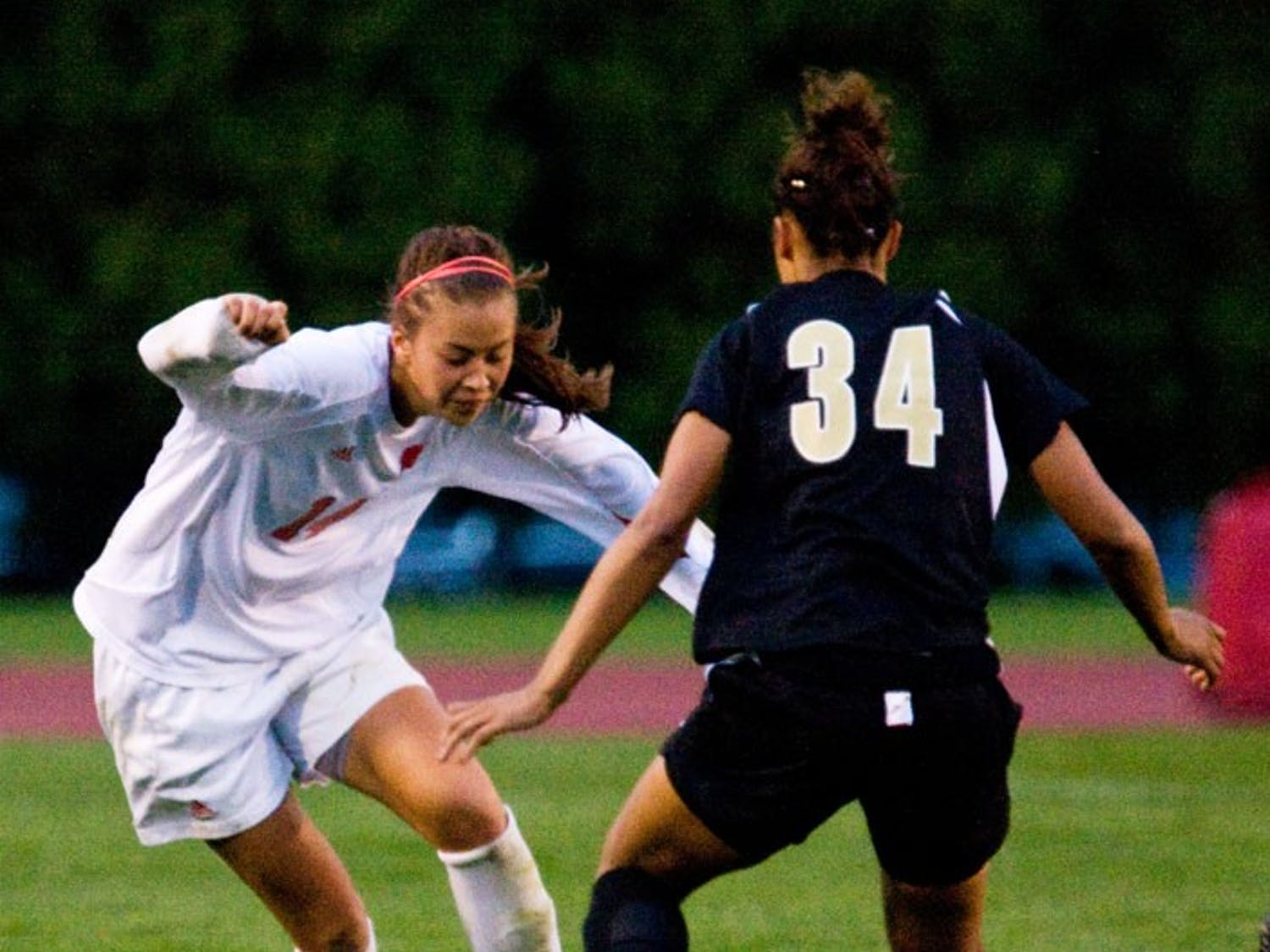 Wisconsin comes from behind twice over weekend to capture two draws