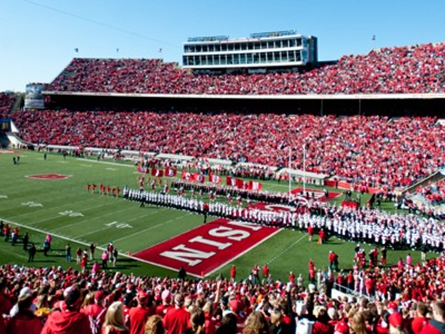 Badger fans reported problems such as long lines and shortages of food and beverages at concession stands in Camp Randall during last Saturday's game against UMass.