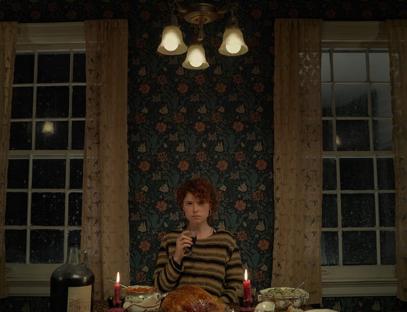 Jessie Buckley, plays the lead in the new Kauffman thriller, alongside Jessie Plemons.