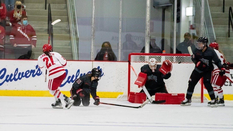 Women's-Hockey.jpg