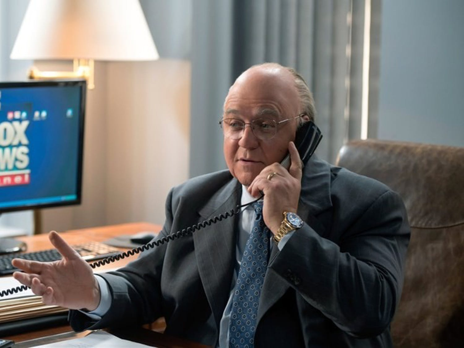 "Oscar winner Russell Crowe is unrecognizable as he transforms into the controversial former Fox News CEO Roger Ailes in ""The Loudest Voice""."