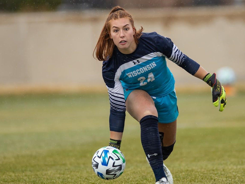 Photo of the Badger soccer goalie, Jordan Bloomer.