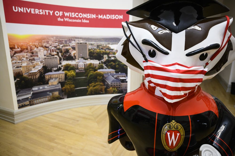 Graduation_Bucky_mask20_1258