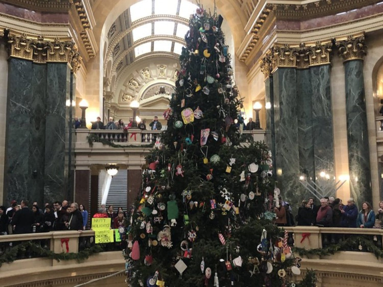 holiday-tree-2018.jpg