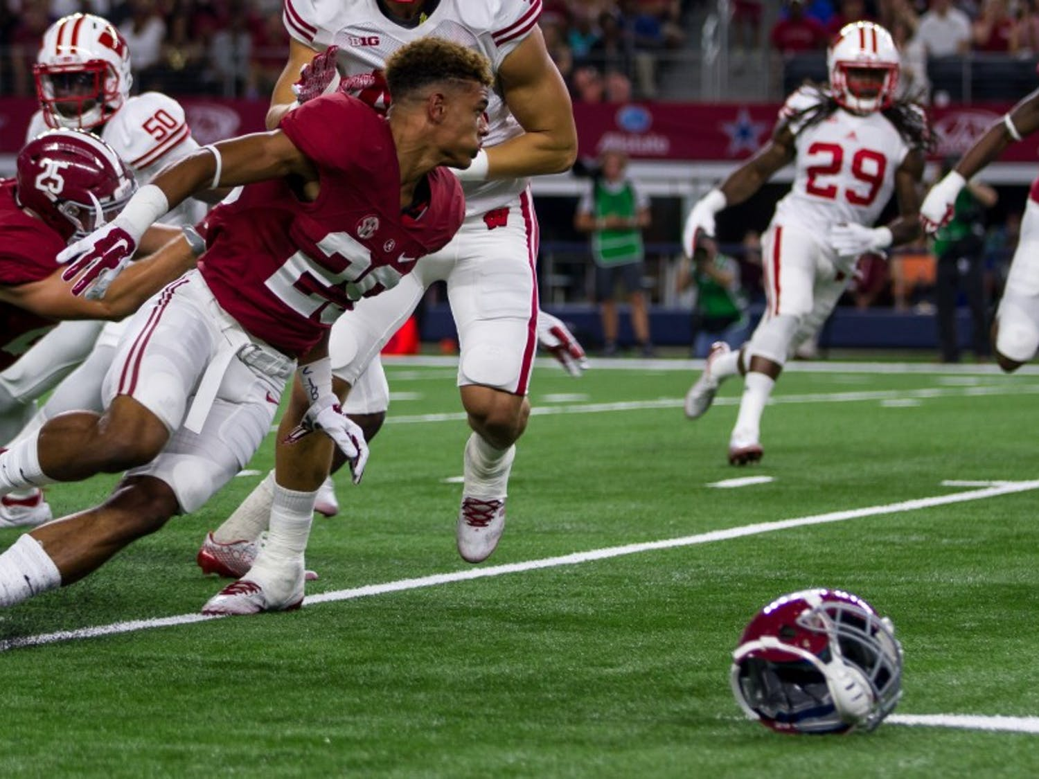 A group of UW-Madison researchers is hoping to raise awareness among collegeathletesabout the importance of reporting concussions that occur in contact and non-contact sports.