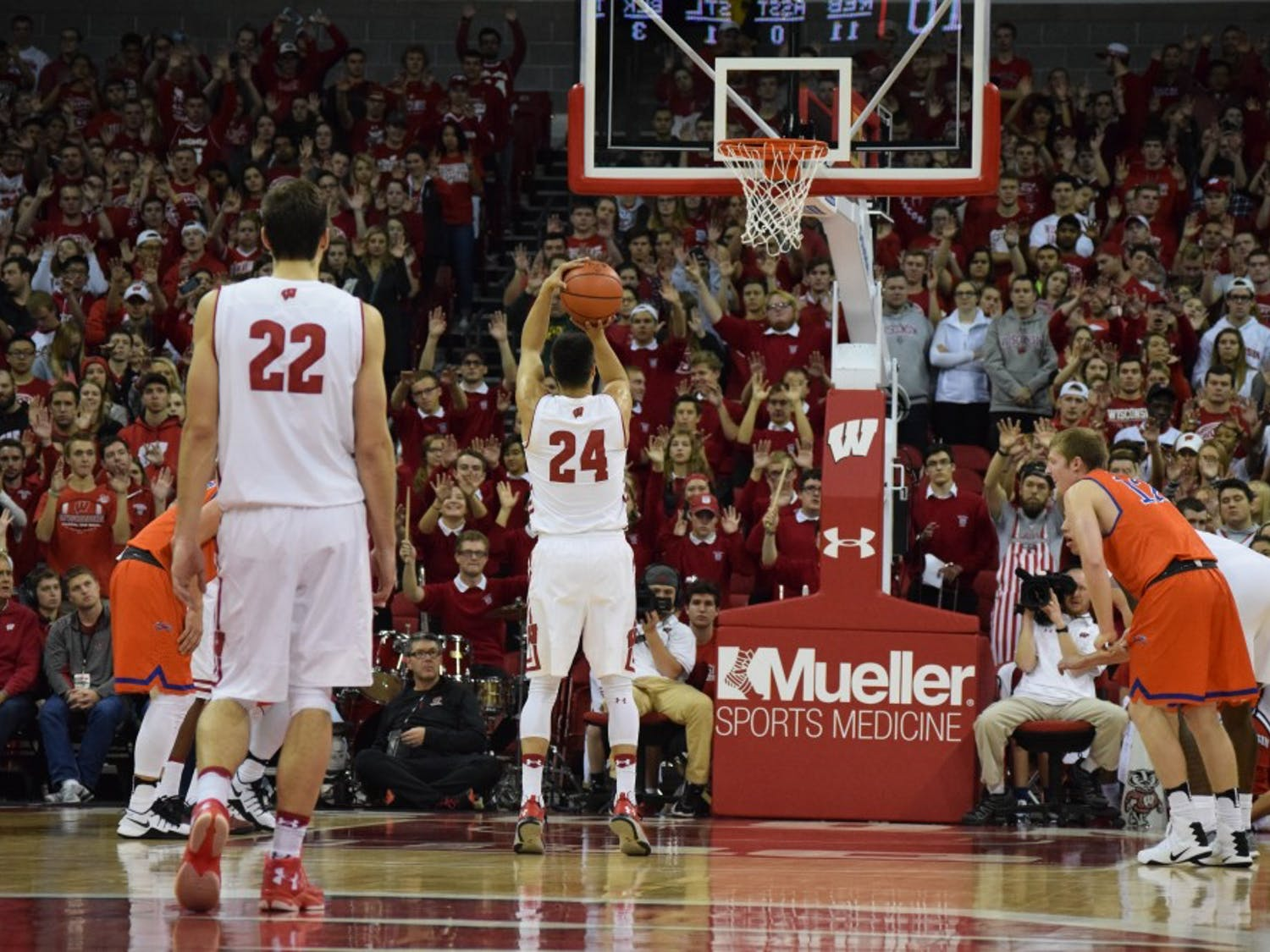 Bronson Koenig was one of a few Badgers who had success at the free throw line against Florida, but Ethan Happ's and Nigel Hayes' struggles from the charity stripe hurt them when it mattered most.