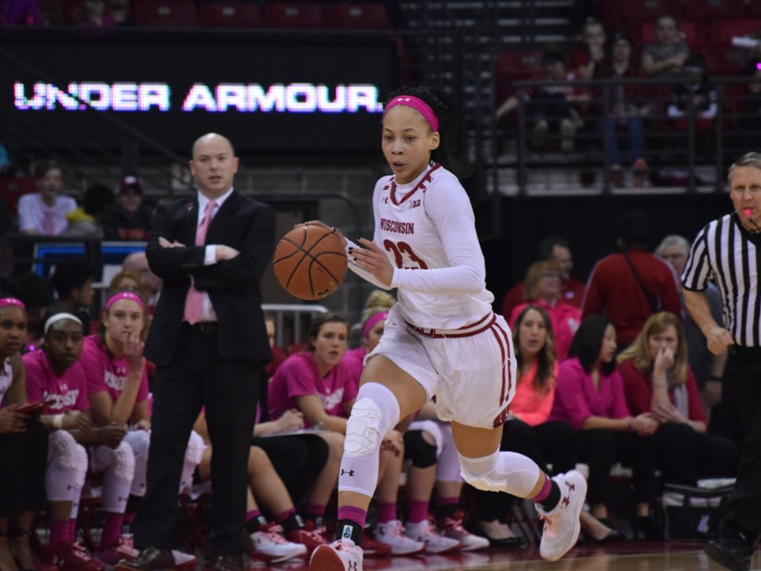Cayla McMorris and the Badgers are looking to win back-to-back conference games for the first time this season.
