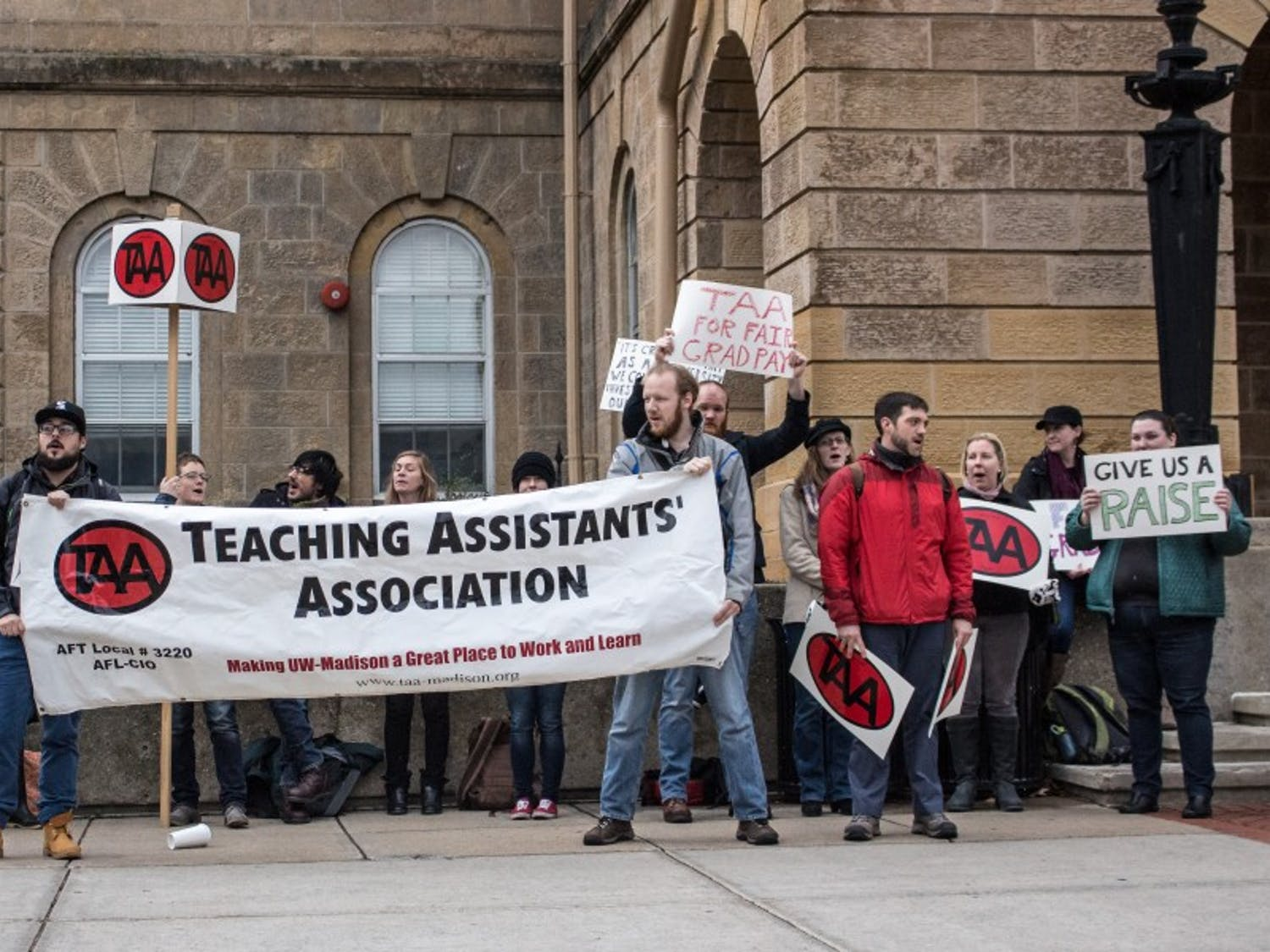 TAA petition fights proposal that forces grad students to pay segregated fees at start of semester