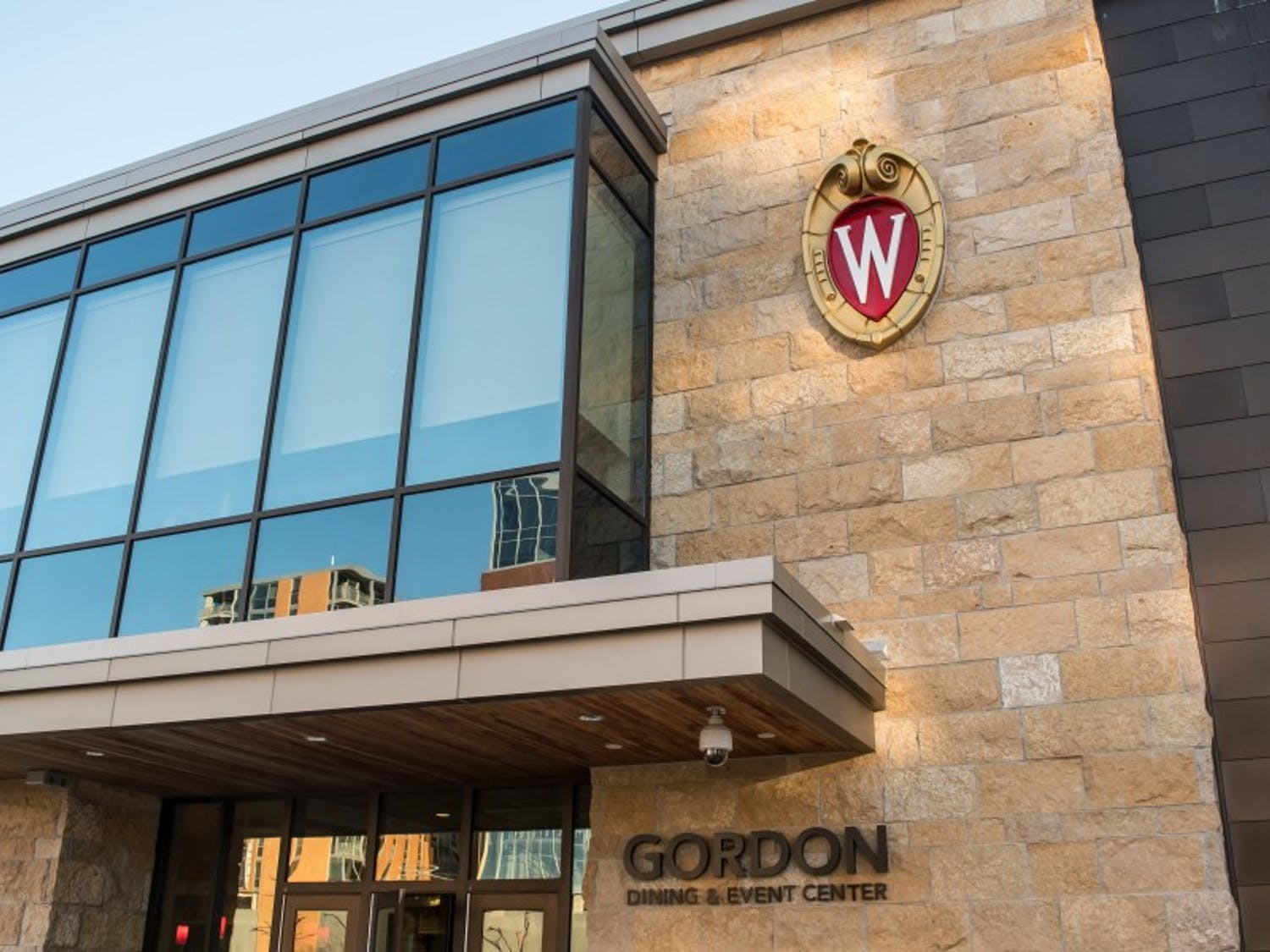 After meeting with students, UW-Madison revises dining policy.