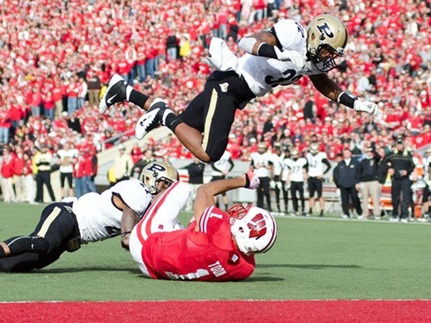 The UW Badgers took on the Purdue Boilermakers at Camp Randall as the Badgers improved to 7-2 overall and 3-2 in Big Ten play.