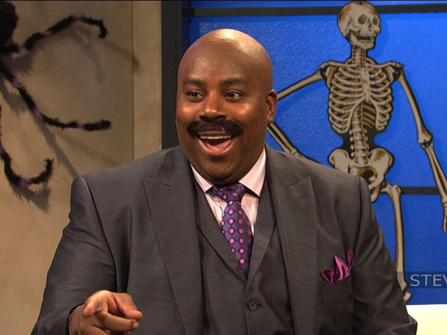 "The incomparable Kenan Thompson returns for his sixteenth year on ""SNL"". This will also mark the final season for cast member Leslie Jones."