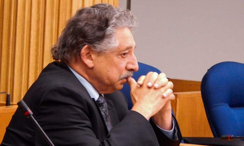 Madison Mayor Paul Soglin vetoed a liquor license Monday for the incoming State Street Taco Bell.