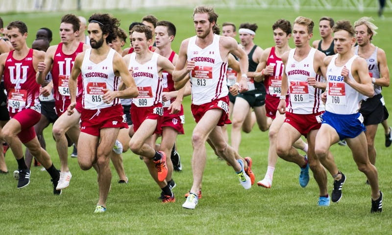 Lead by Australian standouts Morgan McDonald (815) and Olli Hoare (813), Wisconsin is seeking a podium spot and potentially more on Saturday.