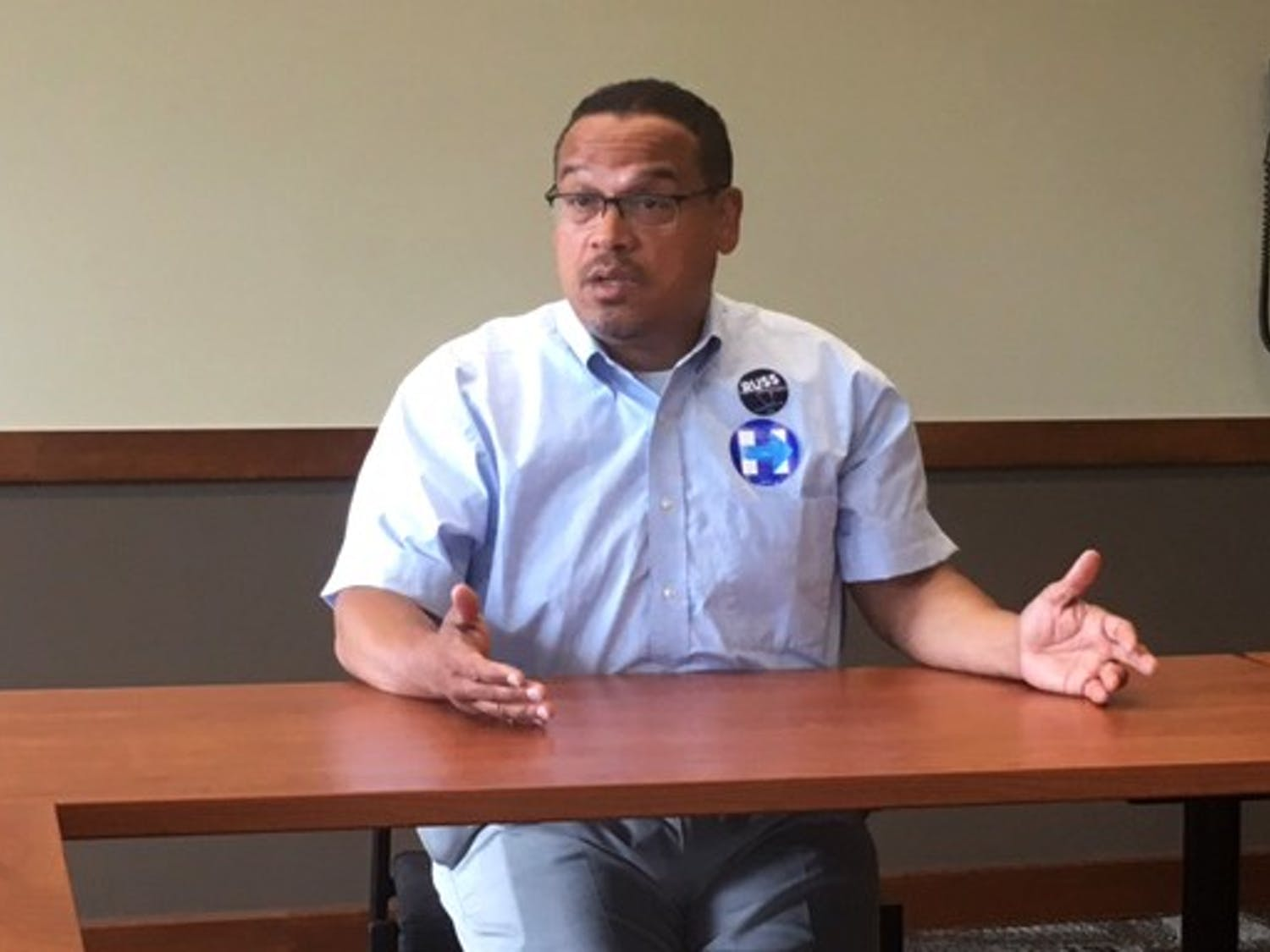 During a meeting Sunday, congressman Keith Ellison helped UW-Madison students plan for the upcoming presidential election.