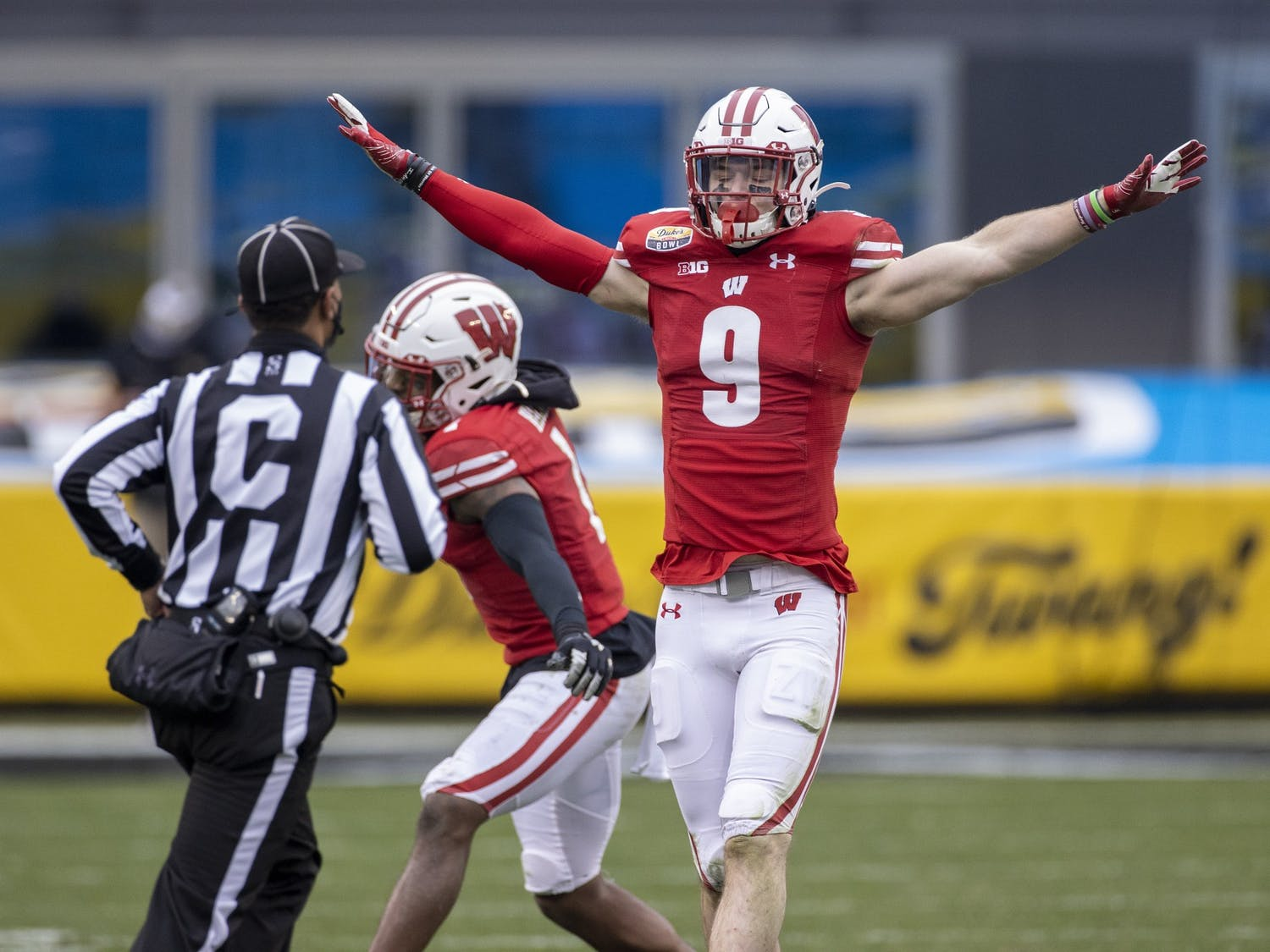 Wisconsin Badgers XXXX during an NCAA Duke's Mayo Bowl college football game against the Wake Forest Damon Deacons Wednesday, Dec. 30, 2020, in Charlotte, NC. (Photo by David Stluka/Wisconsin Athletic Communications)