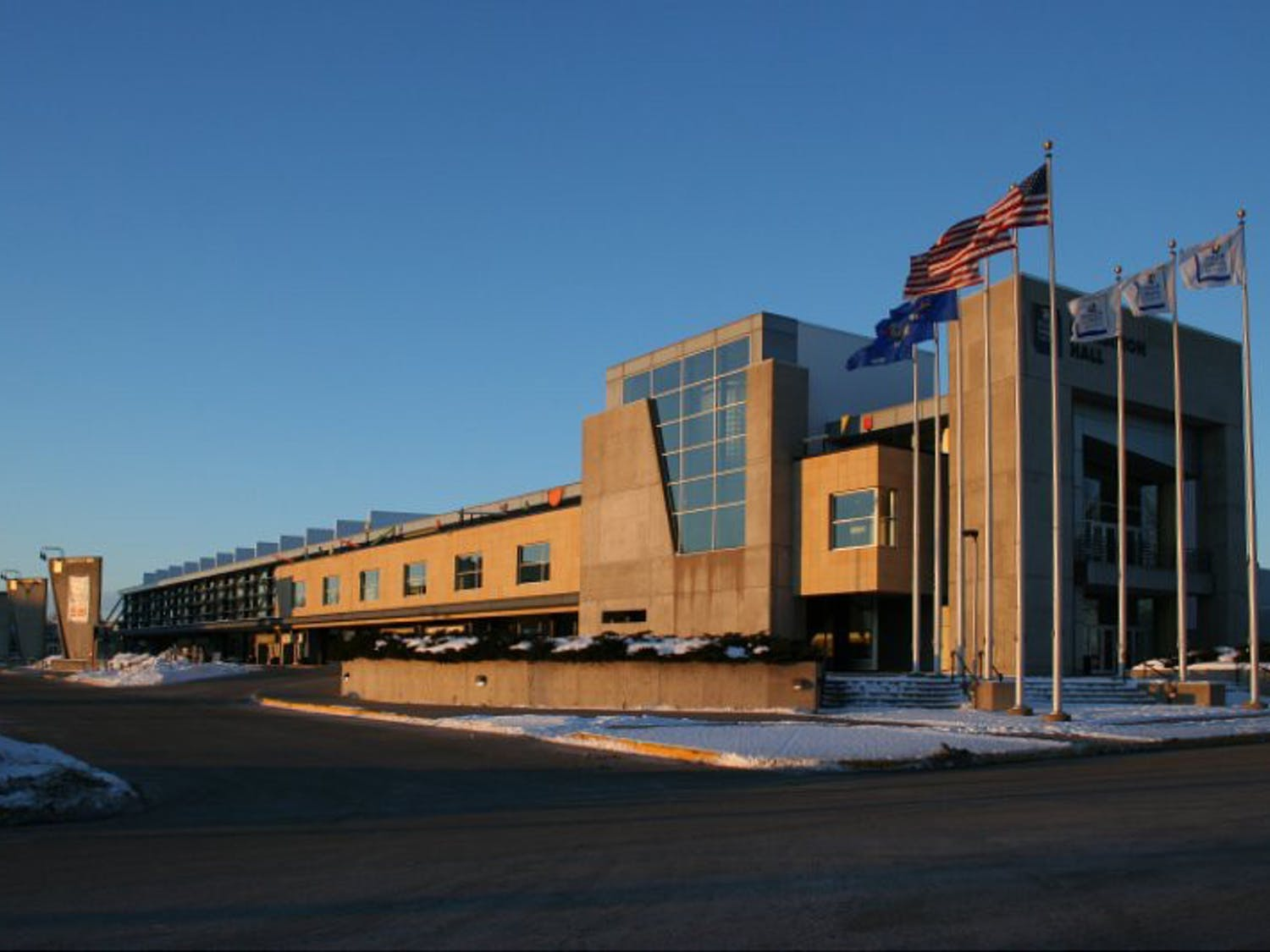 The Alliant Energy Center currently hosts around 500 events a year, according to the report.