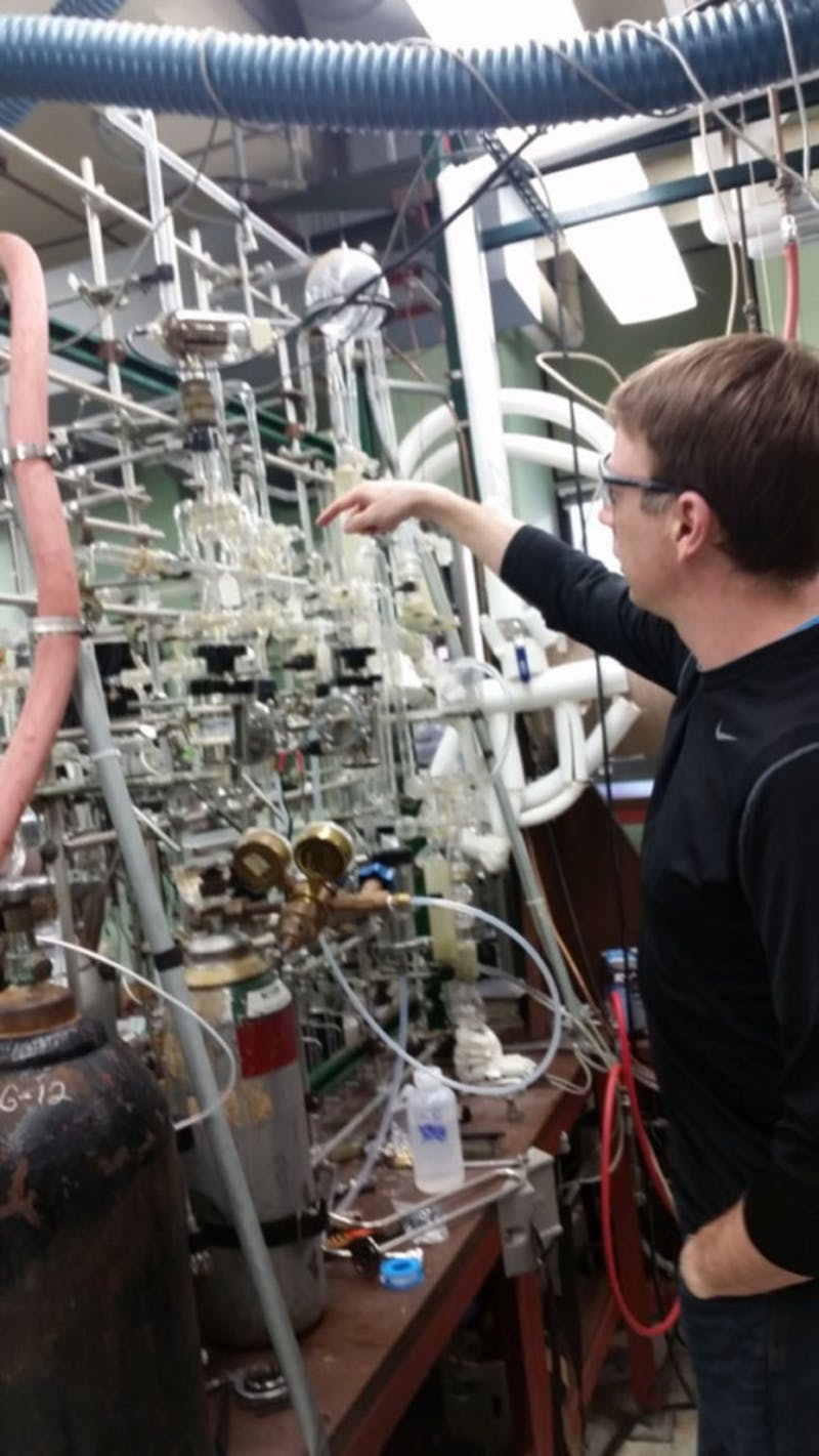 Esselman's research reveals molecules' chemical structures.