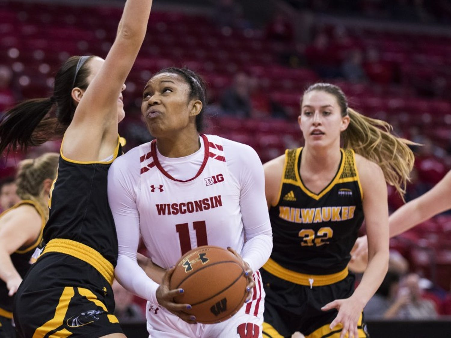 Senior forward Marsha Howard followed up her 1000th career point against Ohio State with a dominant game at home Wednesday night versus Illinois.