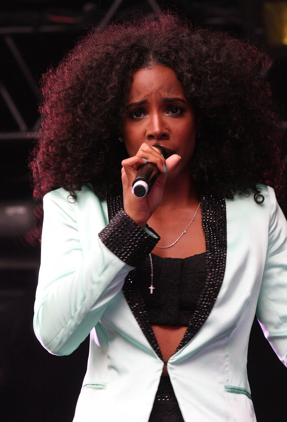 """<p>The cast of Justin Simien's """"Bad Hair"""" includes performers like Kelly Rowland, Usher and Lena Waithe.&nbsp;</p>"""