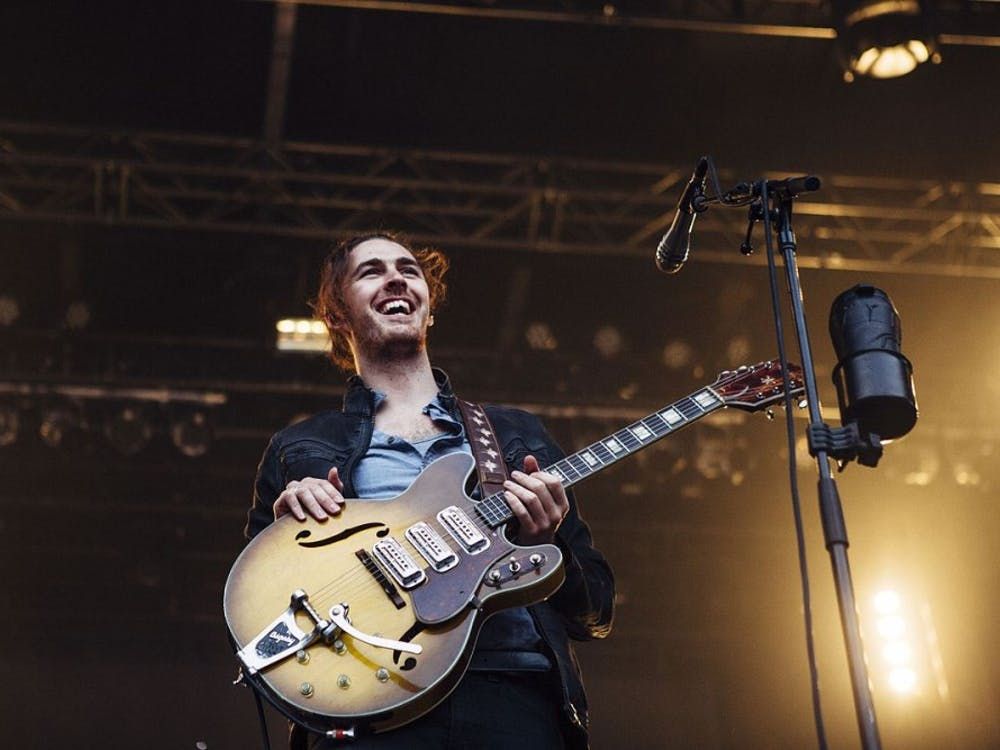 Hozier performing at Bumbershoot in 2015.