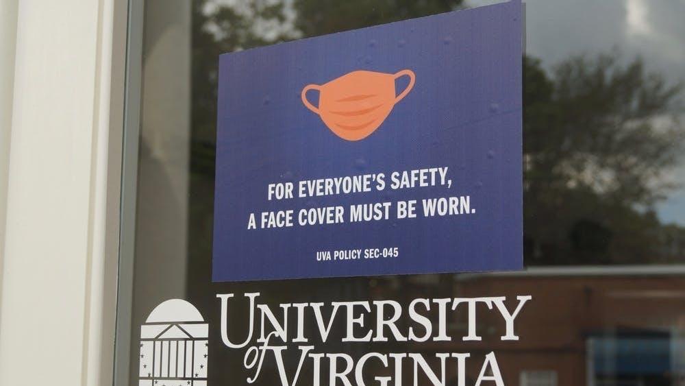 La nueva política alinea el mandato de máscaras de la Universidad con las nuevas directrices de los Centros para el Control y la Prevención de Enfermedades publicadas el martes.