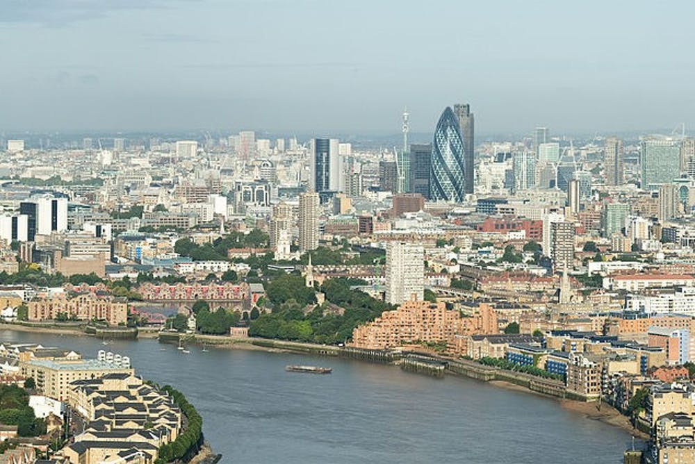 800px-city-of-london-skyline-from-canary-wharf-sept-2008