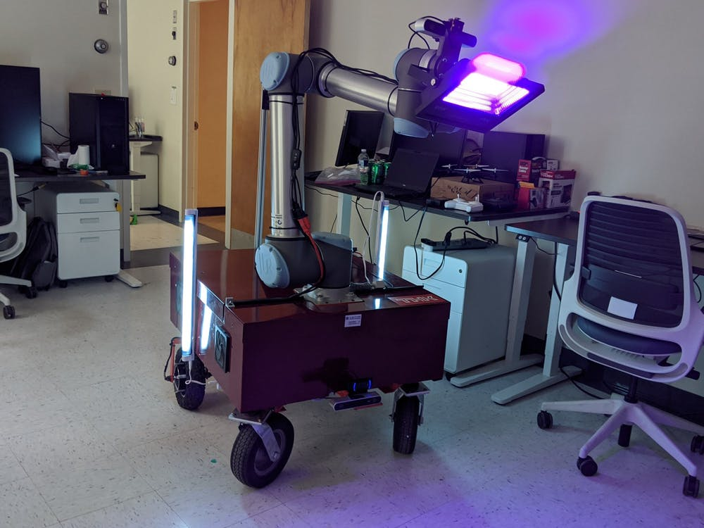 <p>University professor Tomonari Furukawa and his team of graduate students developed a robot to decontaminate surfaces using UV light and hope to collaborate with the University Health System and other facilities to test and use the robot in clinical settings.&nbsp;</p>