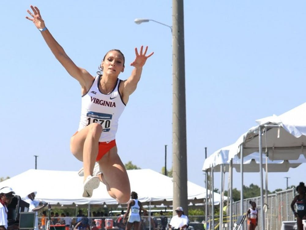 Senior Kelly McKee advanced to the NCAA Championships for the second consecutive year after placing fourth in the triple jump competition.