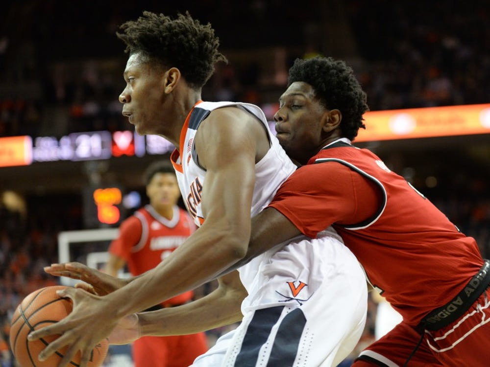 Virginia redshirt freshman guard De'Andre Hunter scored 15 points off the bench this past weekend against Syracuse.