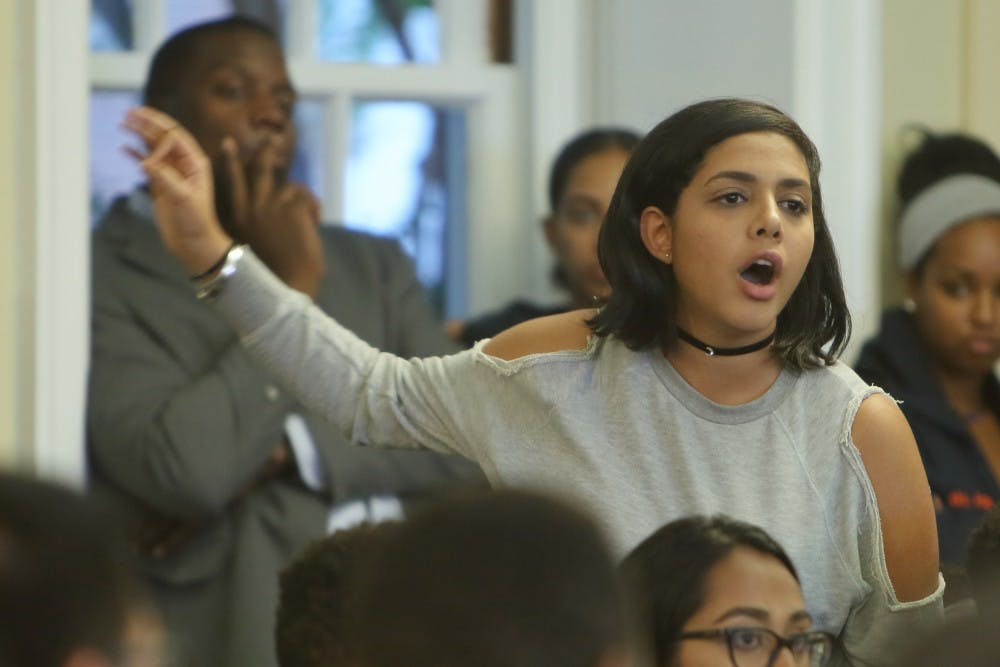 <p>Third-year College student Rawda Fawaz spoke in favor of passing the resolution in support of the demands. <br> </p>