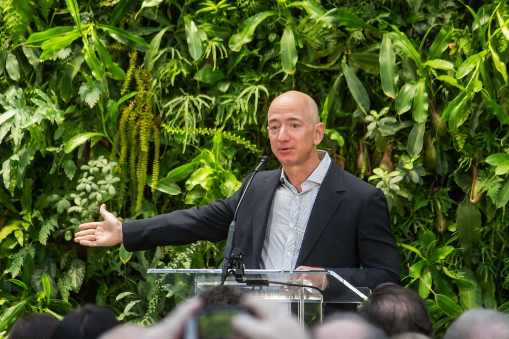 jeff-bezos-at-amazon-spheres-grand-opening-in-seattle-2018-39074799225