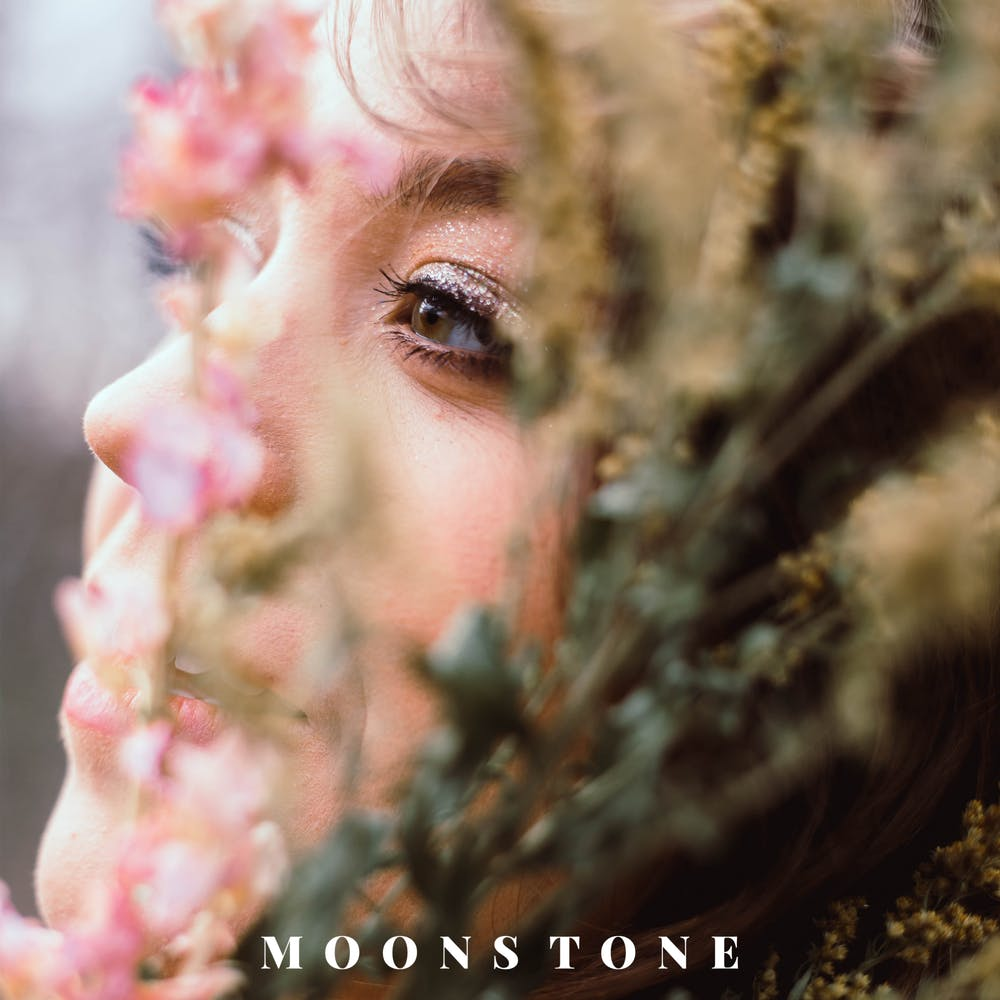 "<p>The music video for Mary Moore's ""Moonstone"" will be released on Oct 27.</p>"