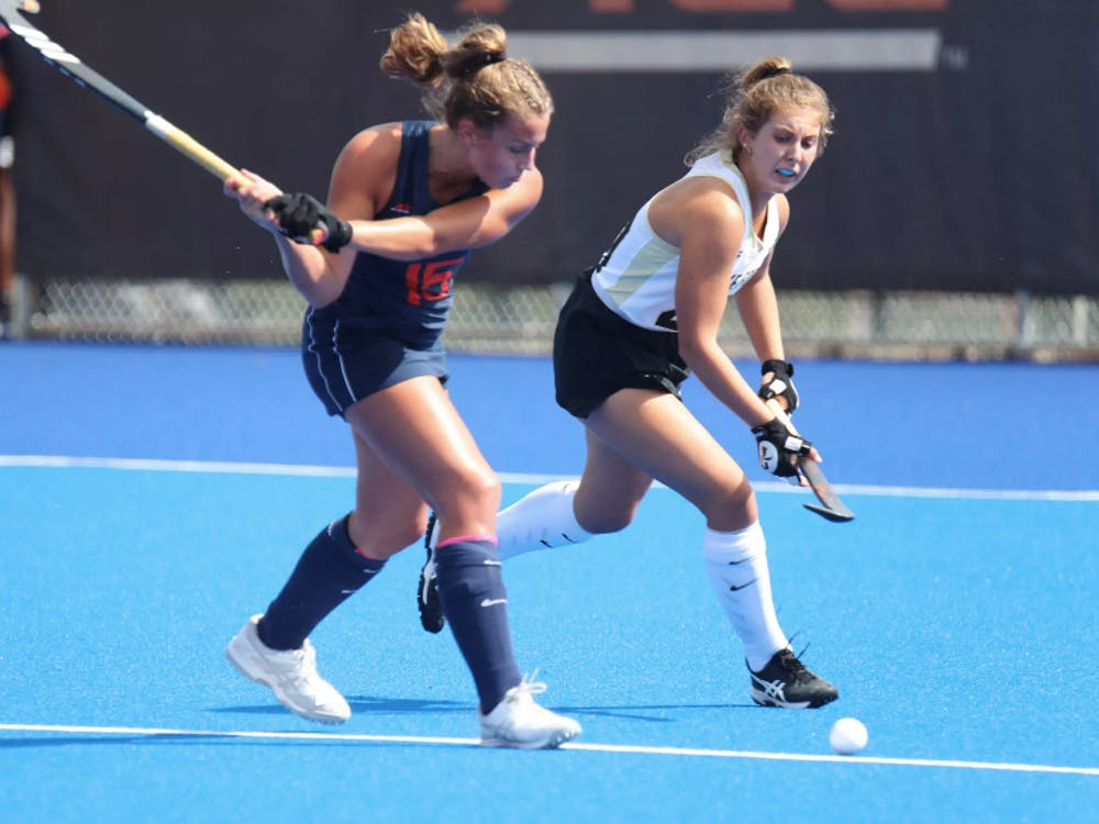 Sophomore striker Laura Janssen hit the game-winning goal in the fourth quarter to lead Virginia to a 1-0 win.
