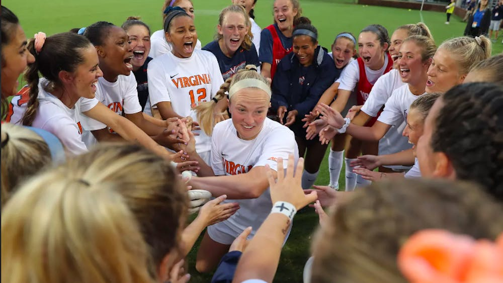 Virginia adds nine freshmen and junior transfer defender Sarah Clark to its roster of 21 returning players as the team prepares for the 2020-21 season.